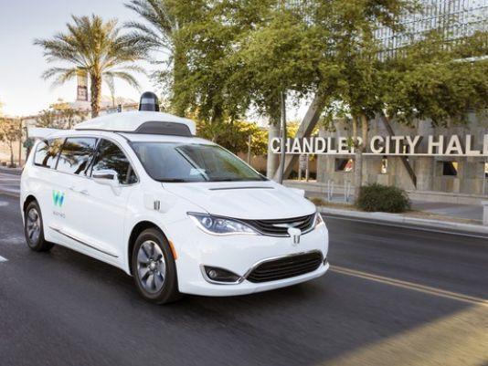 调查:美国人对非全自动驾驶拥抱度上升 但车企觉得全自动驾驶才是希望