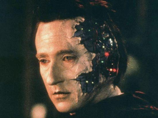 """杀手 AI 公式:""""天网""""=机器学习+区块链+物联网+无人机"""