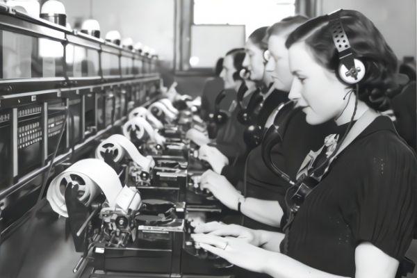 从电报到5G 细说60年移动通信史的7个变革-1