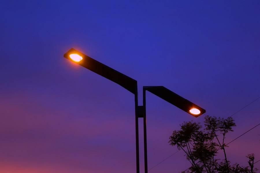 路灯 洲明科技,智慧城市,智慧灯杆,智慧路灯
