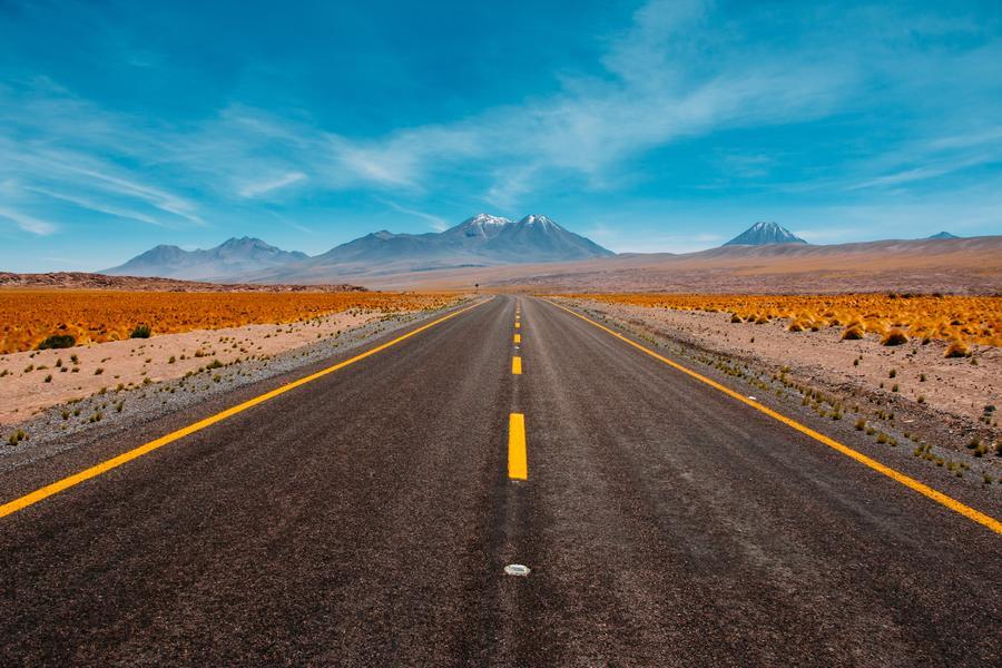 交通 马路,智慧交通,省界收费站取消,高速充电网络