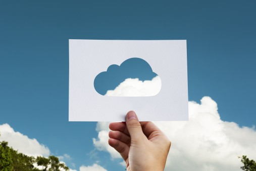 cloud_paper_hand_world_business_save_computing_green-1209540.jpg
