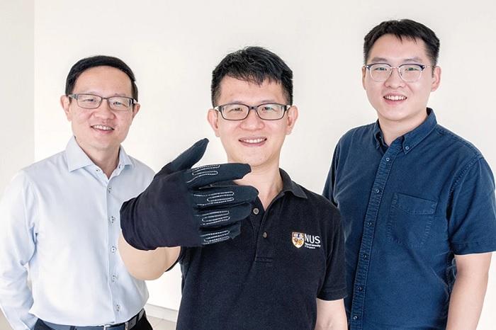 液态金属传感器如何打造轻巧灵活的游戏手套?
