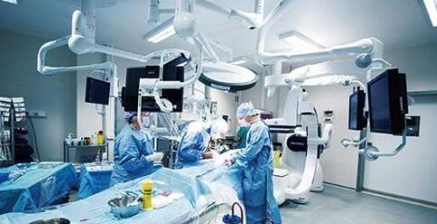 医疗机器人市场未来有哪两大趋势?