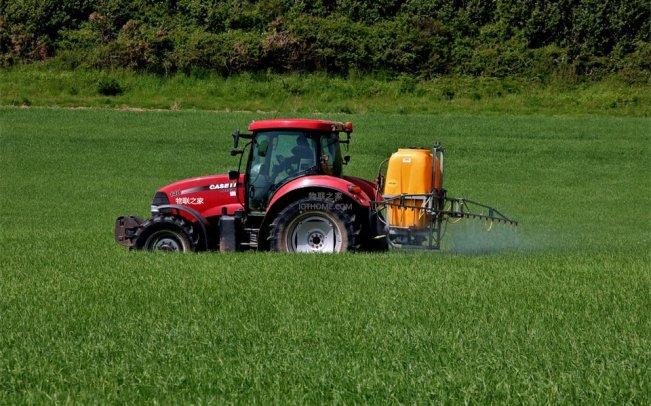 农业中的物联网智能喷洒技术