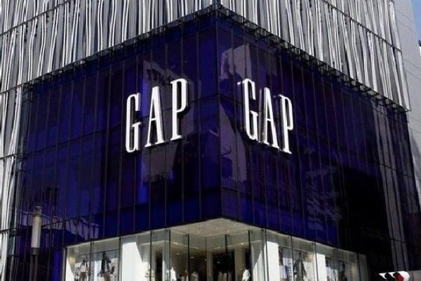 Gap公司应用智能电子标签技术在从工厂到货物贮存架的衣物追踪上