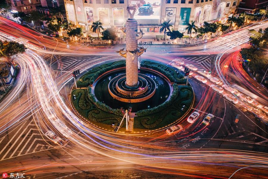 老虎机_李开复:谈智能交通的未来,下一步发展方向如何去走?